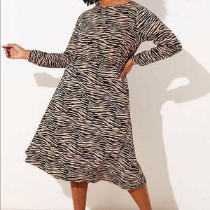 LOFT Plus Tiger Stripe Bar Back Dress. NWT. Sz 26
